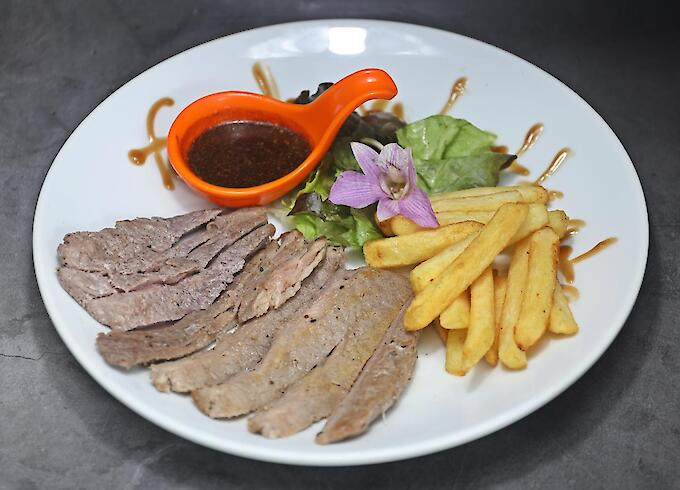 BBQ Beef with French Fries