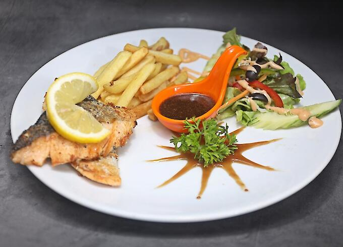 Salmon Steak (200g) with French Fries or Fried Potato or Mash Potato