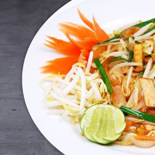 Pad Thai Fried Moodle with Vegetables