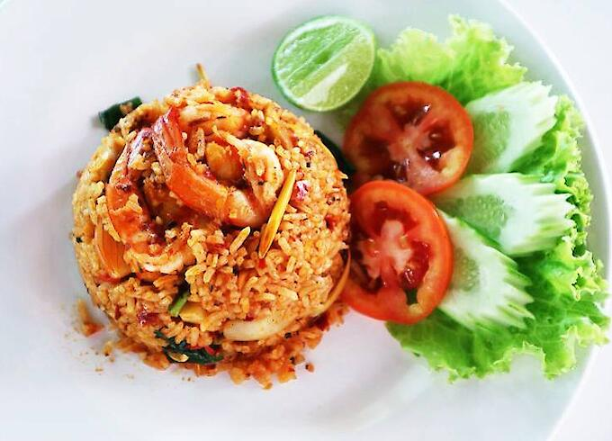 Fried Rice Tom-yum with prawn