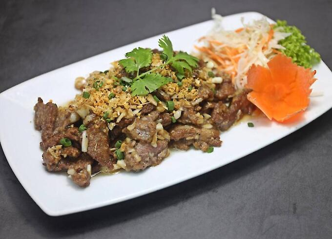 Fried Beef with garlic