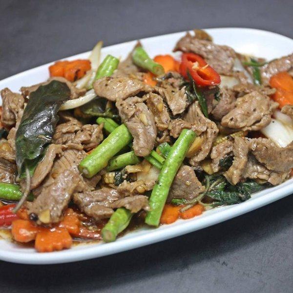 Stir-fried beef Basil