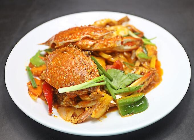 Stir-Fried Blue Crab with Curry Powder