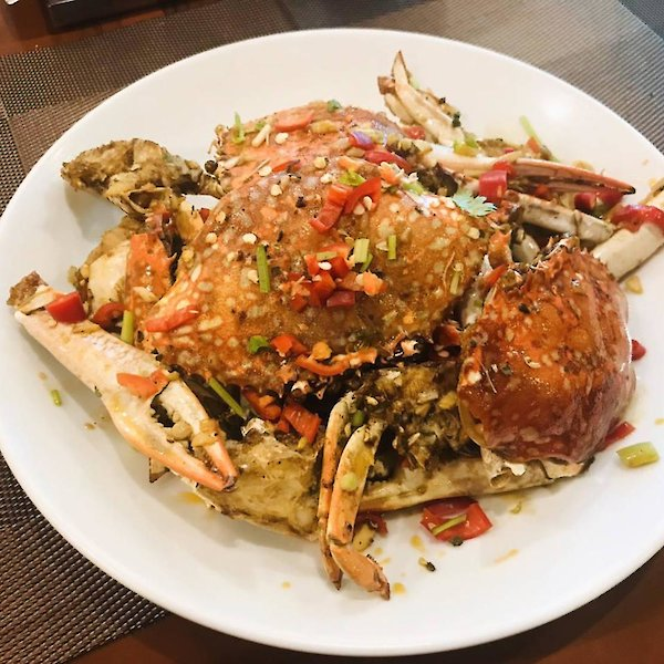 Stir-Fried Blue Crab with chilli salt