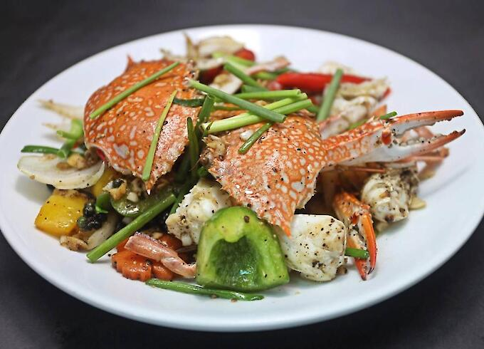 Stir-Fried Blue Crab with Black Pepper