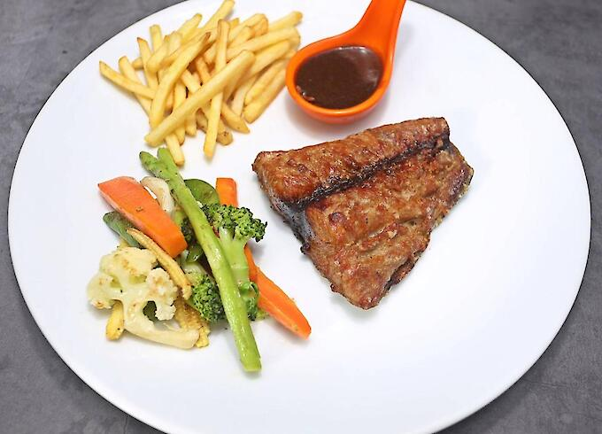 Deep-Fried Tuna & French Fries & Grilled vegetables
