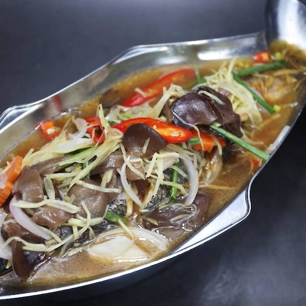 Steamed Grouper with Soya Sauce