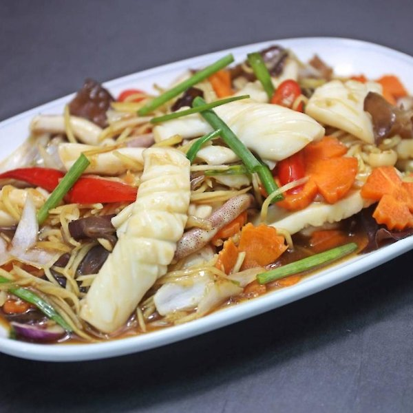 Stir-Fried Squid with Ginger