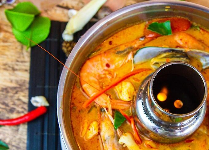 Tom Yum Seafood Large