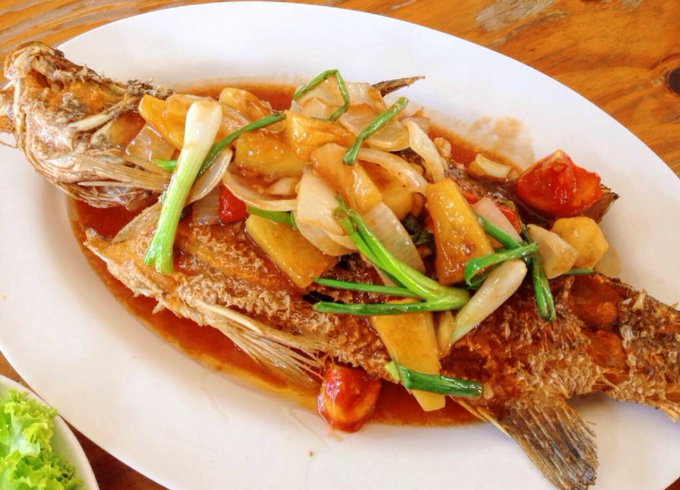 """Deep-Fried fish """"white sea bass"""" with sweet and sour sauce"""