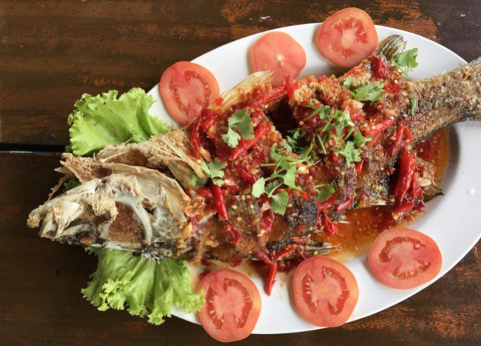 Deep fried White sea bass with chlli sauce